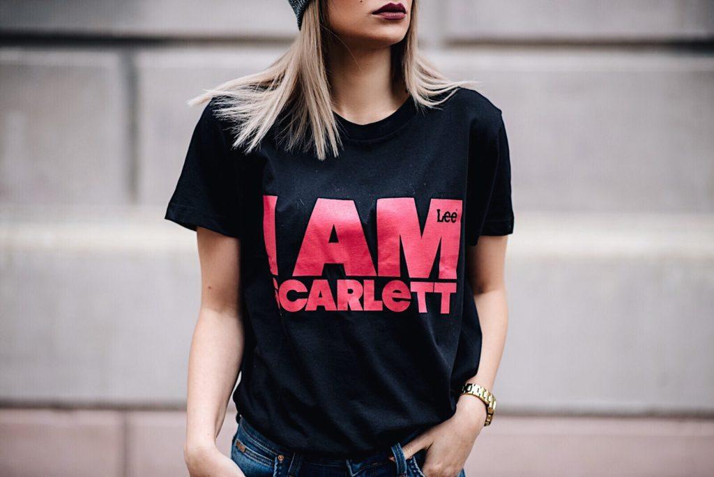 T-shirt Scarlett Black